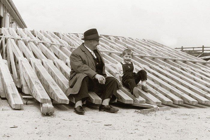 006 – Kay Ebe kannte bereits als kleiner Steppke seinen Platz (hier mit Opa Pipke)