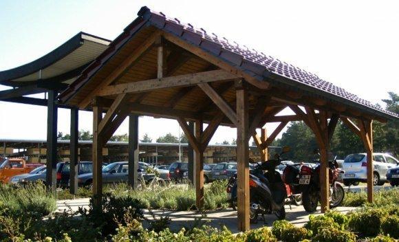 Carport aus Holz mit Satteldach 1