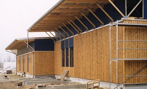 Holzkonstruktion für Sporthalle Sportforum in Kausche 2