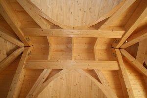 fledermausgauben in st tzenfreier dachkonstruktion von schnoor. Black Bedroom Furniture Sets. Home Design Ideas
